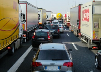 Miljøverstingen ingen snakker om Lastebilenes rolle i den globale oljeetterspørselen