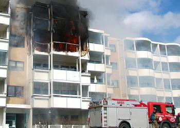 Bare en av fire har hatt brannøvelser hjemme